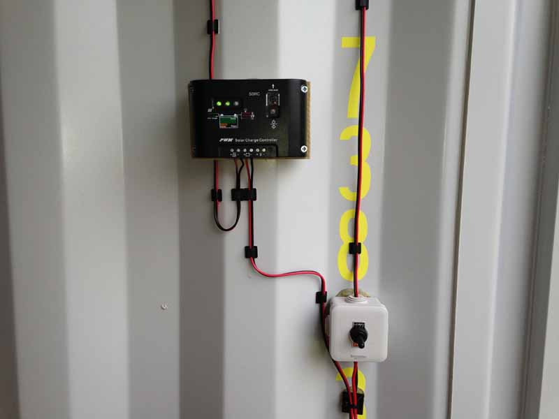 Solar controller and power switch
